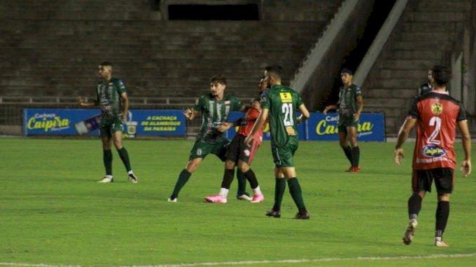 Sousa vence, vira líder, e garante vaga nas semifinais do Paraibano