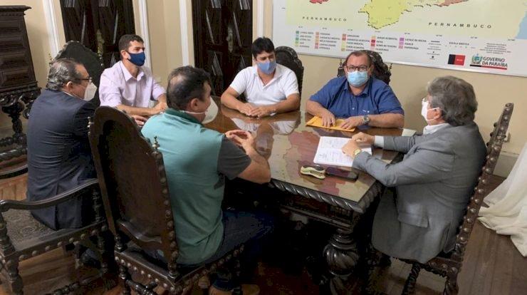 Prefeito de Boqueirão é recebido por governador João Azevêdo e protocola pedidos de investimento para o município